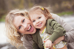 mom and daughter family photography in kalamazoo