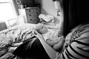 mom and newborn boy kalamazoo lifestyle photography
